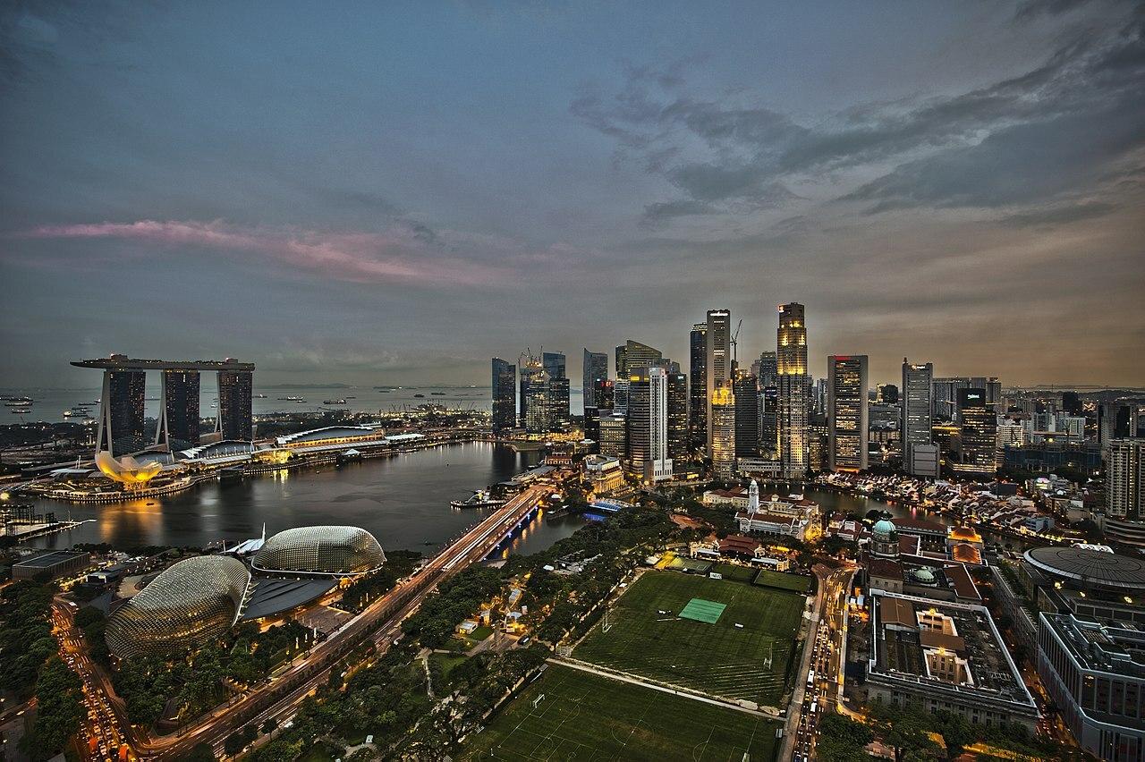 1280px-1_singapore_city_skyline_dusk_panorama_2011-1.jpg#asset:8294