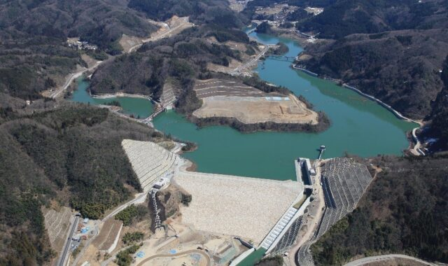 A team from Tottori University led by Dr. Hiroshi Yajima has been using the Nortek Vector in a study aimed at improving the operational efficiency and water quality of Japan's freshwater reservoirs.